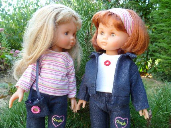Camille et Clara tout en Jean