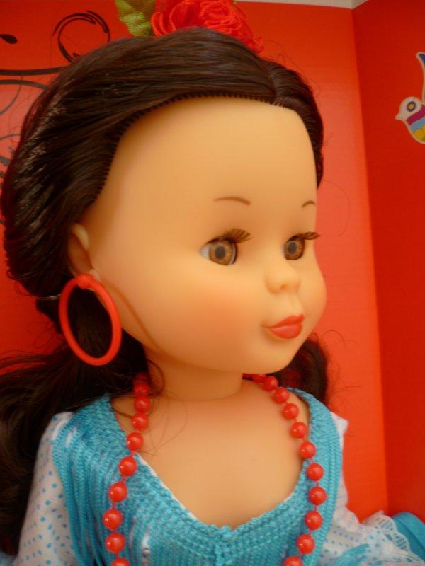 Ma dernière arrivée:une poupée Nancy famosa brune(réédition)