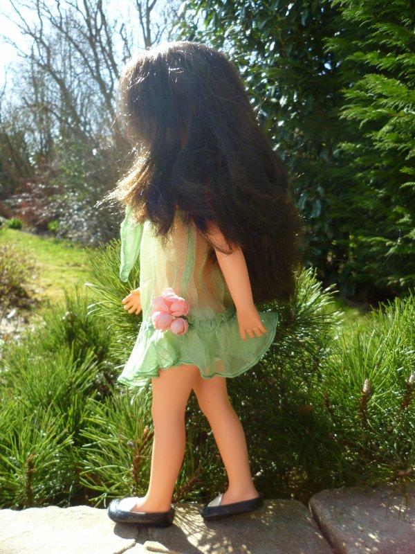 Susanna se croit en été!