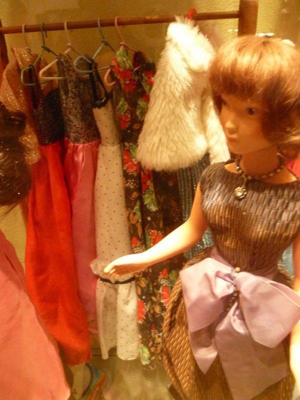 Expo d'Etain,Dolly/Cathie..ah au fait..Qui postera le 19000ème commentaire?