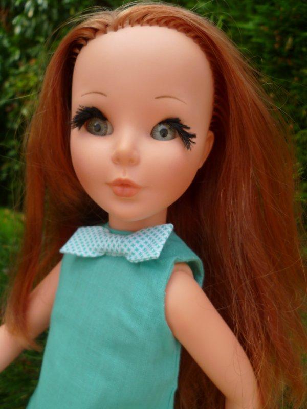 Sheila,des 4S Furga,a revêtu une robe d'été
