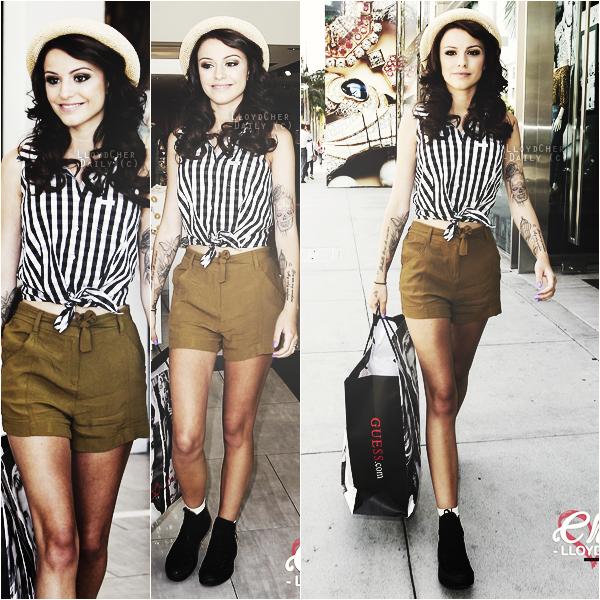 . Candid, 15 Mai - Cher a été vue faisant du shopping à Guess, dans les rues de Rodeo Drive à Beverly Hills. .