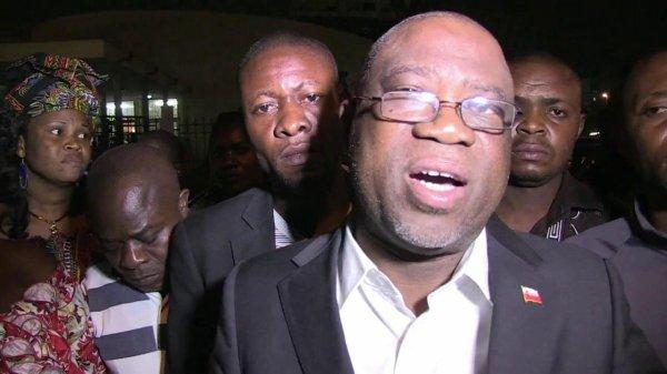 RDC : L'opposant Ewanga condamné à un an de prison ferme pour outrage à Kabila.