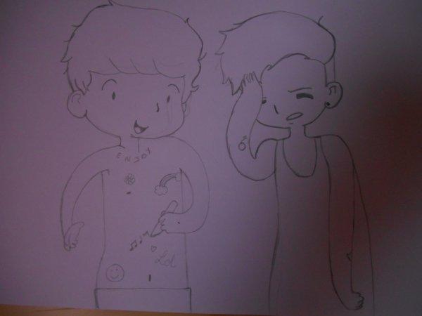 Tadaaaaa!!!! Ca fait longtemps que je l'ai dessiné mais bon! ;) et puis la photo est un peu sombre... :/