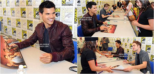 21.07.11 : Taylor ainsi que Robert Pattinson et Kristen Stewart étaient présent au « Comic Con 2011 » pour présenter « Breaking Dawn. Part 1 » et pour une séance d'autographes...