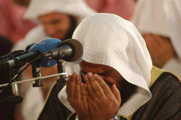 Y'en à qui pleurent en écoutant une musique, ce rappelant leurs mecs et d'autres qui pleurent en écoutant du Coran, ce rappelant leurs Maître ..