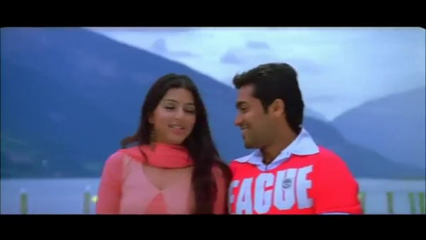 Which Song is this..  munbe vaa  Newyork nagaram