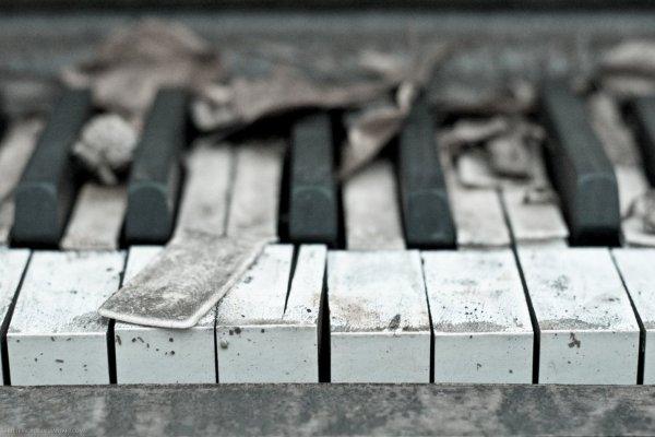 """"""" Quand la musique est bonne."""" J.J Goldman"""