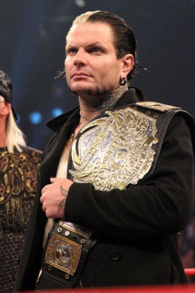 jeff hardy nouvo champion du monde a la tna