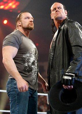 Triple H et Undertaker le retour