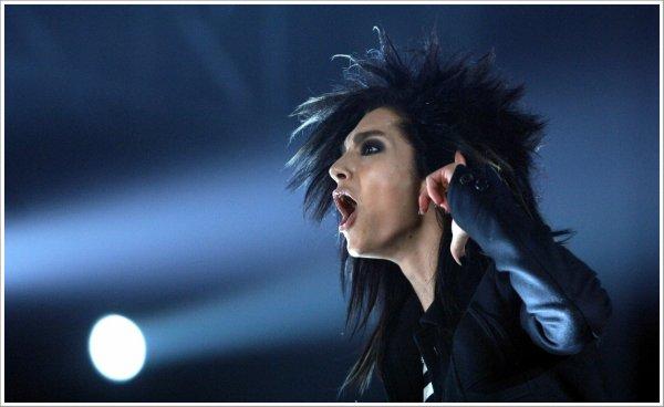 » Bill Live. (2007)