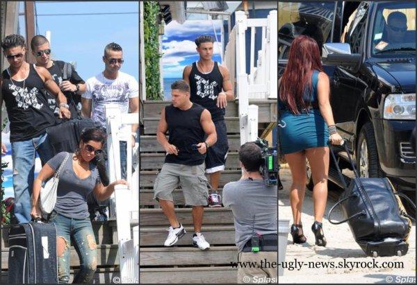 L'équipe de la série de téléréalité d'MTV, « Jersey Shore », quittent leur maison de Seaside Heights, bagages en main. Cela veut-il dire qu'ils ont fini le tournage? On l'espère sincèrement !