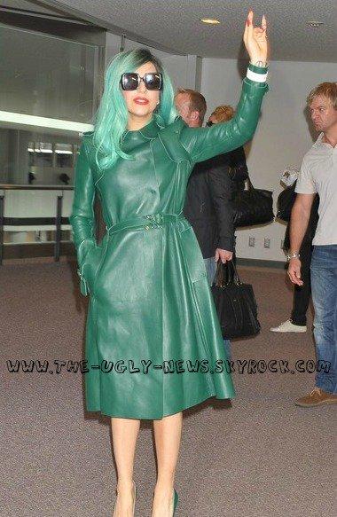 Lady Gaga ou la fée verte? Ô Absinthe, quand tu nous tiens!  C'est un Flop ou un Top?