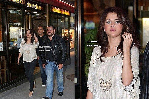 3 septembre Selena à Paris et chez Cauet Découvrez les vidéos ici et ici .Clique.