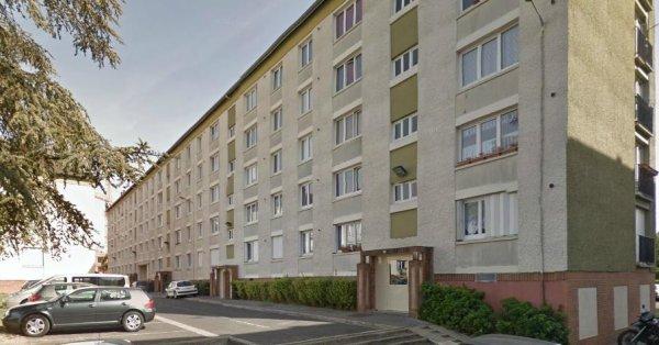 COMPIEGNE Square Jean Moulin