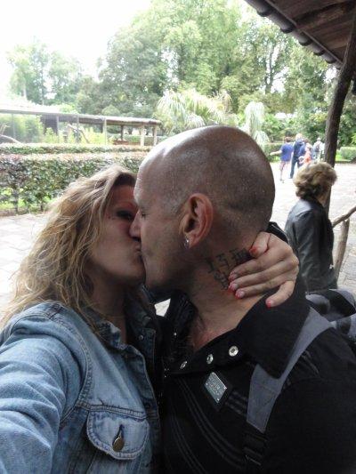 Nous  deux c'est beau l'amour le véritable amour .