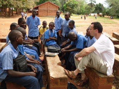 Lundi 18 avril 2011 : quelques dialogues avec des élèves :