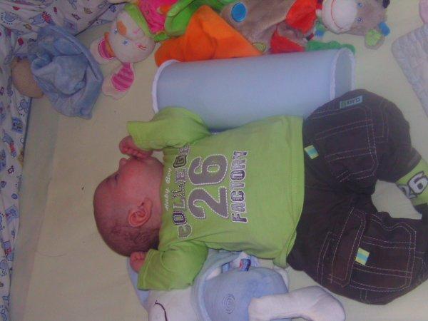 et voila mon bébé né le 22 août 2011