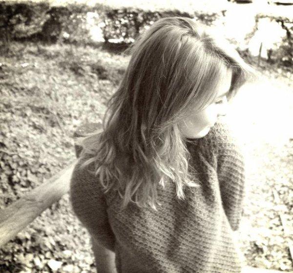 -Tu as besoin de moi. - Je suis né sans toi, alors tu crois quoi? Je peux vivre sans toi.