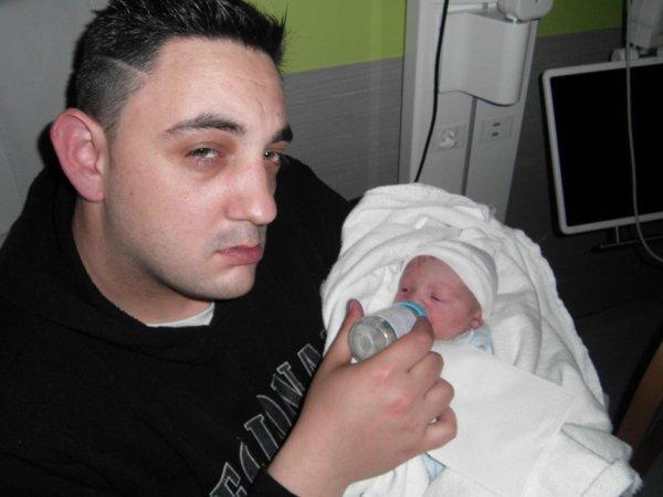 le papa et le fils uni pour la vie jtm