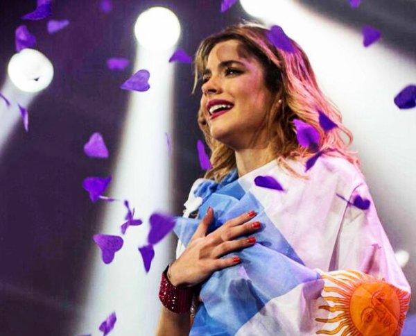 Violetta En Vivo au Cierra Mundial