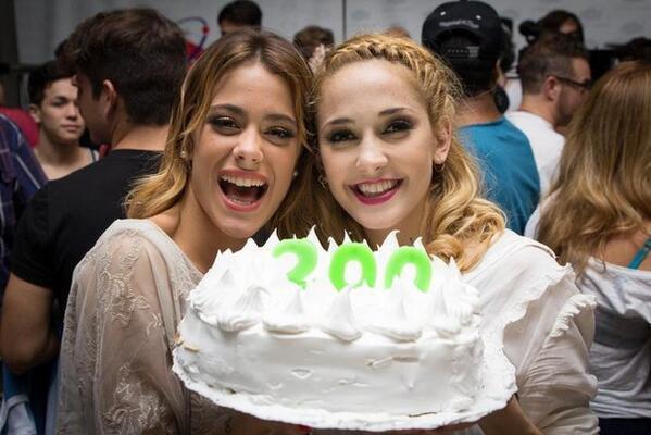 Martina Tini Stoessel y Mercedes Mechi Lambre