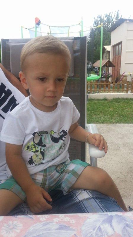 mon fils futur mannequin :) :)