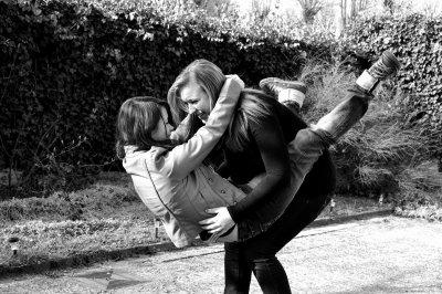 Un vrai ami ne se reconnaît pas grâce aux surnoms, mais à sa présence quand tu es mal et à l'attention qu'il te porte dans la vie quotidienne.