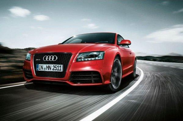 - Audi RS5 -