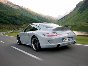 - Porsche 911 Sport Classic -