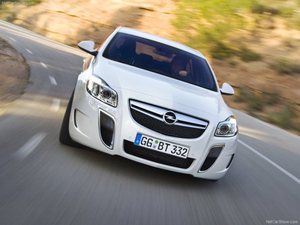- Opel Insigna OPC -