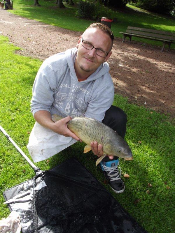 Bonne petite pêche comme toujours au parc de Jemappes