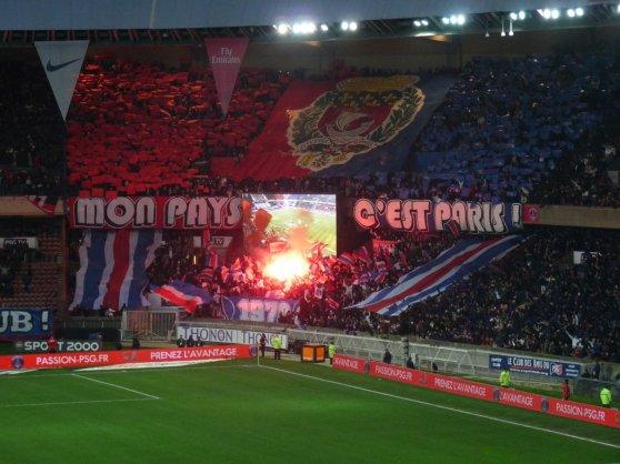 [. . . ]  Mon Pays c'est Paris ♥ [ . . . ]