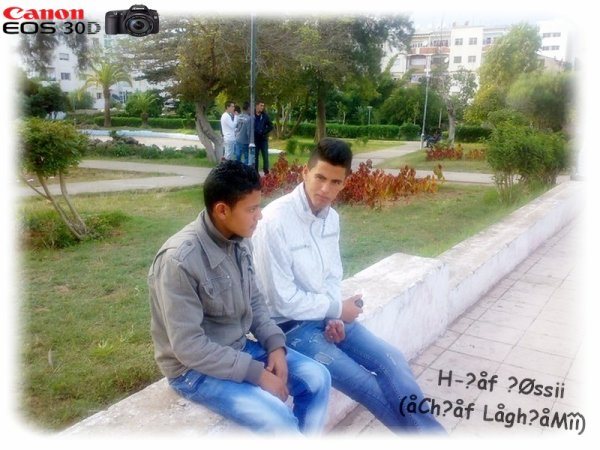 (l) M£ VeC Smail TjR 3/2 L7Ma9  2010  (l)