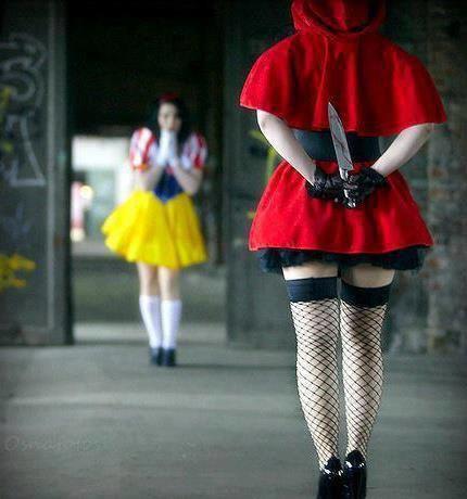 J'viens de remarquer que le Petit Chaperon Rouge, et bah, elle a pas de Prince Charmant !