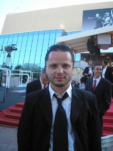 Freddy.c Wright en bas des marches au festival de Cannes !