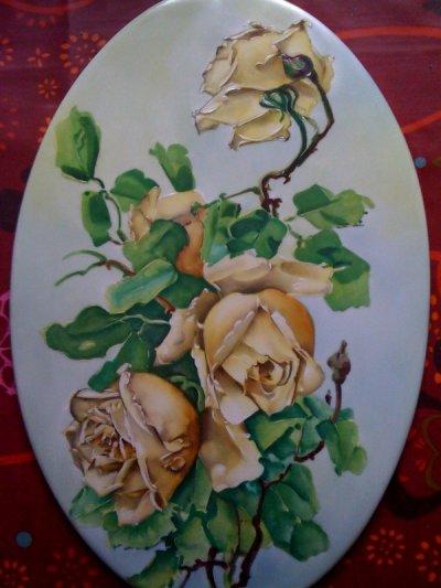 plaque ovale aux roses jaune : Stage Marcel Caffy le plus grand peintre français à mon goût