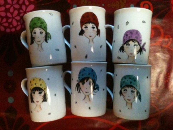 quelques petits mugs .... à coiffer !!!! et puis le fond en dernière cuisson