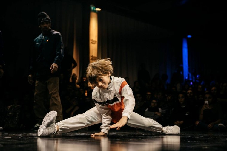 "Lorenzo, la ""Break Dance"" ça le connait 8-p"