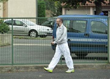 فرنسا تعلن حالة الطوارئ بسبب الإرهابي الجزائري عمر غريب