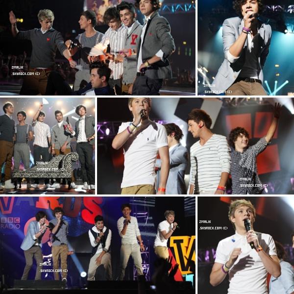 .♦ 9 Octobre : Des dieux étaient présent aux Teen Awards à Wembley. Magnifiquement beaux. ♥ .