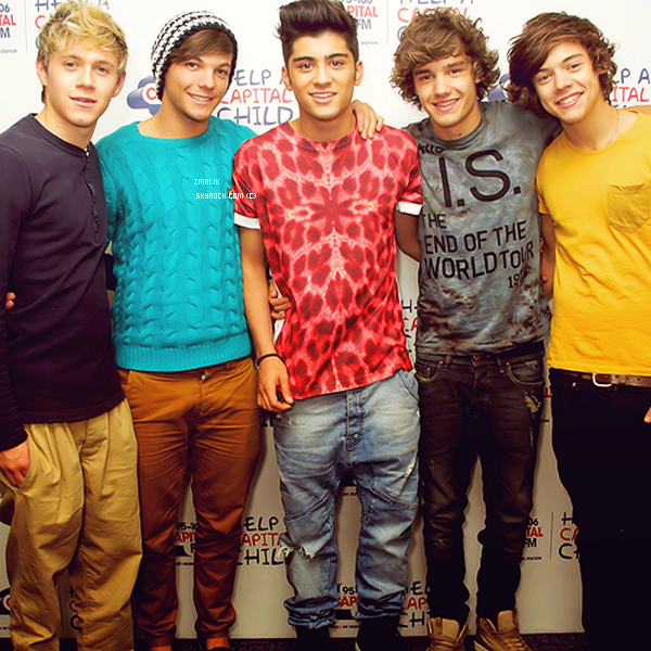.« Oui, j'aime les One Direction. Je les ai soutenu à X-Factor ainsi que Matt Cardle, j'aime les deux. Euh, et mon favoris ... Je n'en ai pas, je ne peut pas choisir. » - Janet Devlin .. Traduction de SourceHoran, crédité son blog pour tout emprunt ! .
