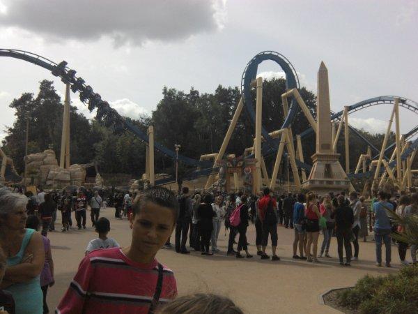 Oziris au parc Astérix