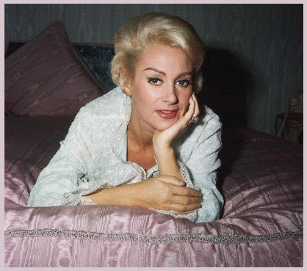 Martine CAROL (16 Mai 1920-6 Février 1967)