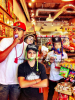 [14/08] Jaden sort au magazin en compagnie de Joshua Woods, Mateo Arias & Moises Arias.