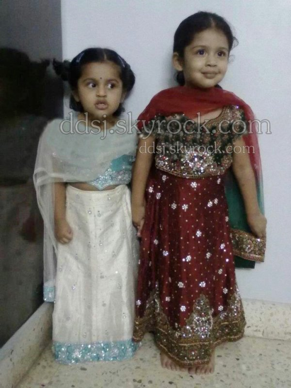 Diya with Brindha's daughter Thanvi - Rare/Unseen - Dev ...