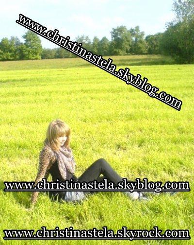 NEW PICTURES HTTP://CHRISTINASTELA.SKYBLOG.COM