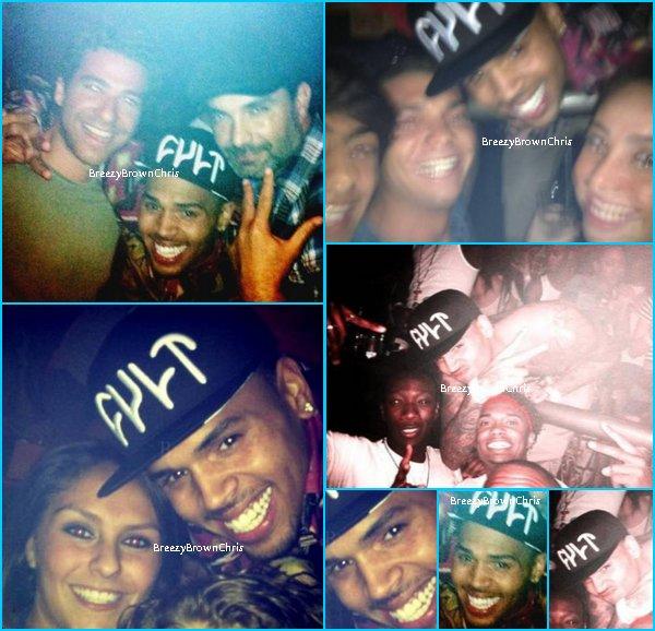 "Le 15/16 Mars, Chris au club ""Cancun""."