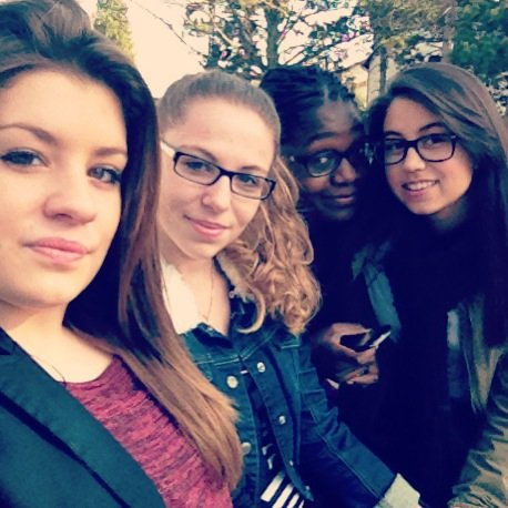 Les girls
