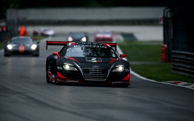 2016 Audi R8 LMS GT3 Race Car
